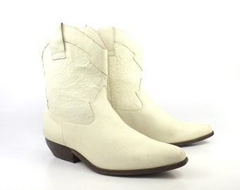 Leather Ankle Boots Vintage 1980s White Cream Cowboy Western Brown Women's size 8 1/2