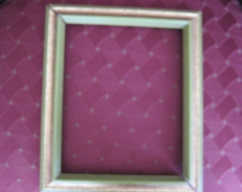 "50 % Sale: Destash Green and Mottled Gold 10"" x12"" Wooden Picture Frame Never Used"