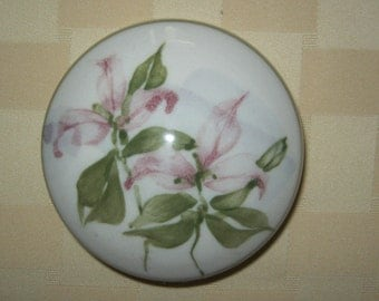Handpainted Vintage Pottery Covered Trinket Dish with Pink and Green Floral Design