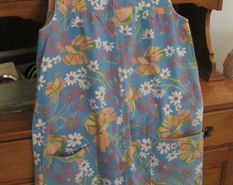 Sweet Retro Handmade Hand Sewn Zippered Floral House Dress Robe