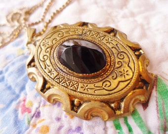 Ornate Vintage Victorian Revival Gilt Pendant/Necklace with faceted Black Stone