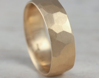 5mm or 7mm Smooth Faceted Men's Wedding Band - Gold or Palladium Wedding Ring - Geometric - Comfort Fit Wide Ring - Hand-carved Facets