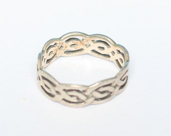 Sterling Silver Woven Design Ring Celtic Style Size 6.5 Vintage