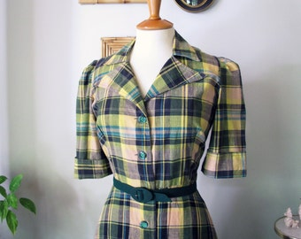 Vintage 1970's  does 1940's plaid shirt dress green & yellow size S