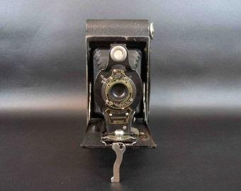 Antique Kodak No. 2 Folding Autographic Brownie Camera. Circa 1919.