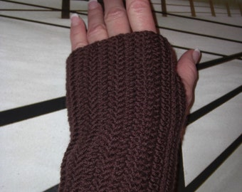 luxurious fingerless gloves