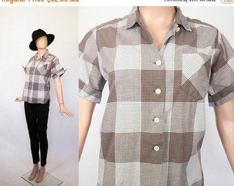 Vintage 1950s Cotton Blouse / 50s Plaid Top / 1960s Short Sleeve Shirt / 60s Mid-century / Button Down / Brown + White / Medium / Large