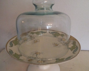 Beautiful upcycled Covered Dome Pedestal server ~ Milkglass and Daisies ~ Daisy
