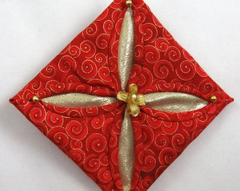 Cathedral Window Quilted Red and Gold Christmas Ornament 134