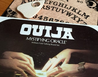 Vintage 1970s Board Game / Parker Brother's OUIJA Mystifying Oracle Talking Board Set 1972 VGC