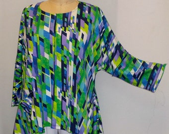Coco and Juan Lagenlook Plus Size Top Skyline Print Angled Tunic Top One Size Bust  to 60 inches