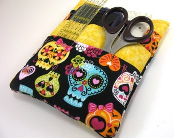 Nurse scrubs pocket organizer, purse organizer, lab coat pocket organizer - Skulls Print with Yellow -Made to Order- choose from two sizes