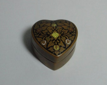 1980s  Bronze tone  Metal with black and white  decoration HEART shaped Pill Box.