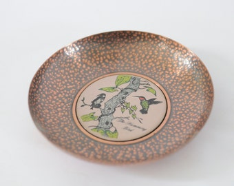 Vintage Hummingbird Dish Shallow Dish keys Change Desk Tray 60s 70s kitsch Art Deco Mid Century Home Decor Indie Cottage