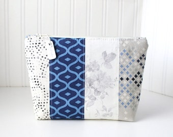 Blue and Gray Makeup Bag Zipper Pouch Floral Toiletry Bag Project Bag