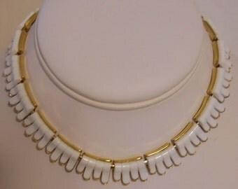 Vintage Trifari White Choker Necklace 1950s