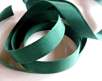 Vintage 1930's-40's Swiss Grosgrain Ribbon -Milliners Stock- 5/8 inch Grass Green