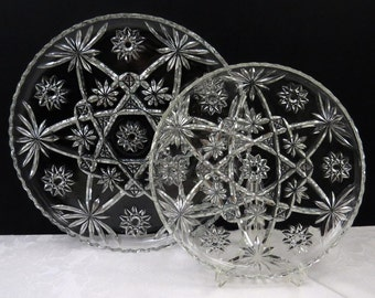 Set of 2 Vintage Anchor Hocking Prescut Star of David Clear Glass Serving Platters or Cake Plates in Very Good Condition