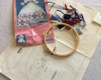 Homestead Sarah Pillowcase Doll Dress Kit