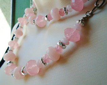 "Vintage Lucite Necklace Choker Collar 34"" long  Chunky Rose Pink Quartz Fat Faceted Barque Beads Modern Bride Retro Chic Runway Statement"