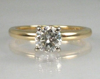 Classic vintage diamond solitaire engagement ring - 0.48 Carats - Appraisal Included 1775.00 USD