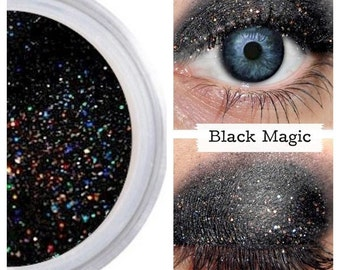 Black Rainbow Eyeshadow | Love MAC Makeup Try BLACK MAGIC Pro Pigment | Goth Cosplay Punk Natural Mineral Makeup | Vegan + Cruelty Free