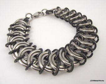 Stainless Steel Bracelet, King's Scale Bracelet, Men's Bold Chainmaille Bracelet, Unisex Chainmail Bracelet, Black and Silver Bracelet