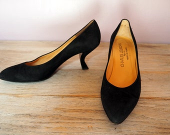 Charles Jourdan Black Suede Pumps Unique Heel Size 8 M