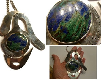 Modernist Huge Statement Necklace. One of Kind Handwrought Sterling Silver. Signed by Artist EARMAN Circa 1980s. Blue & Green Natural Stone.