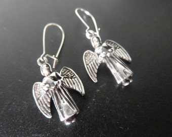Vintage Sterling Silver Angel earrings on Sterling Silver Kidney wires