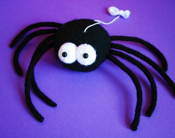 Knit your own Spooky Spider (pdf knitting pattern)