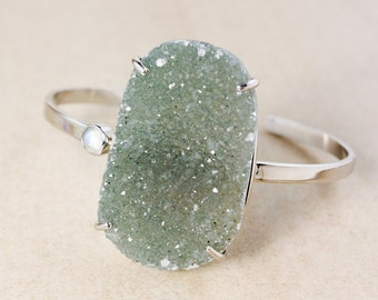 Natural Green Druzy Bangle – Rainbow Moonstone – Sterling Silver