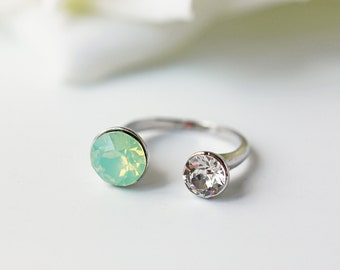 Swarovski Crystal Chrysolite Opal Silver Opalescent Modern Adjustable Ring