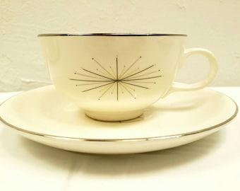 Atomic Mod Starburst Teacups and Saucers Set of Six