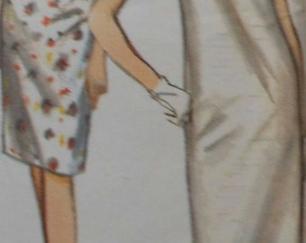 Vintage Dress Sewing Pattern UNCUT Butterick 3815 Size 12