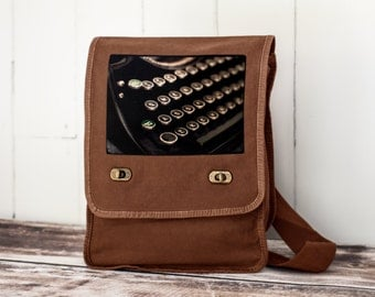 Schmucks with Underwoods ~ Field Bag - School Bag - Java Brown - Canvas Bag