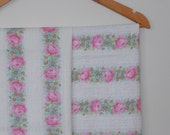 cottage roses in pink...pair of 1970s vintage cotton pillowslips