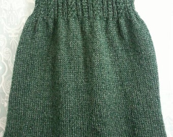Gorgeous green strapless top, hand knitted