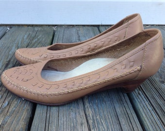 Tan Leather Pumps with Wooden heel