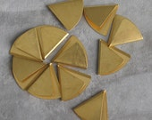 "1 1/4""  Brass Folded Triangular Brass Shape 10p"