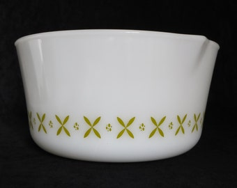 Large Fire King Mixing Bowl Green X Swedish Pattern Anchor Hocking