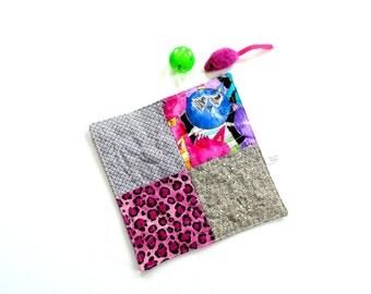Catnip toy, cat quilt, cat mat, cat toy, pink and black, organic catnip mat