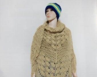 Crochet shawl in Cream color