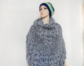 Crochet shawl with modern style