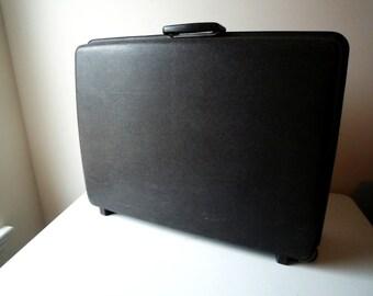 Vintage Samsonite Hardcase Luggage Concord Dark Brown Wheels, Vintage Samsonite on Wheels, SALE