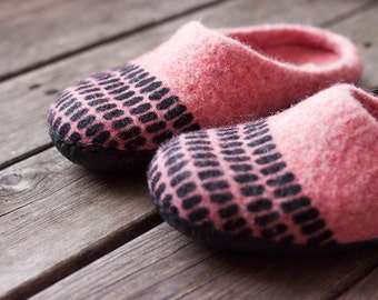 Coral felted slippers textured home shoes striped woolen clogs black rubber sole ready to ship mothers day gift women size US7.5 EU 38