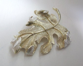 Vintage gold & silver autumn leaves  WINDSONG brooch pin by Sarah Coventry