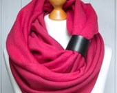 CHUNKY SCARF, gift for HER, fuchsia Infinity Scarf with leather cuff, winter fashion, pink chunky scarf, cozy scarf, winter accessories