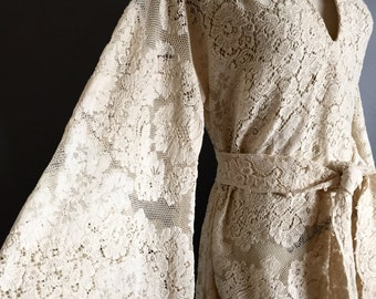 Vintage Oatmeal Lace V neck Hippie Boho Dress 70s mts 20s