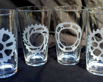 Bicycle gear pint glasses set of four 16 oz